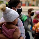 Venezolanos abandonan Ecuador