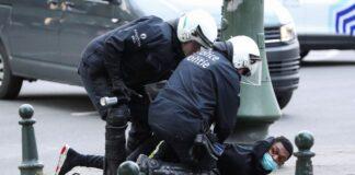 Prohíben técnica de arresto por estrangulamiento - Noticiero de Venezuela