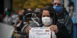 Venezolanos en Argentina reclaman vuelo de retorno - Noticiero de Venezuela