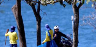 Bolsonaro pasea en moto sin tapabocas - NDV