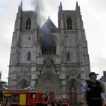 Incendio destruye la catedral de Nantes - NDV