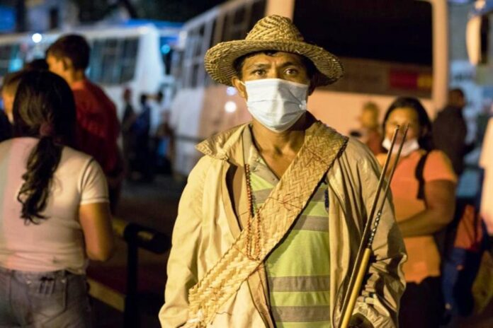 Indígenas yukpas llegaron a Miraflores - NDV