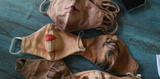 Brasileño personaliza mascarillas - NDV