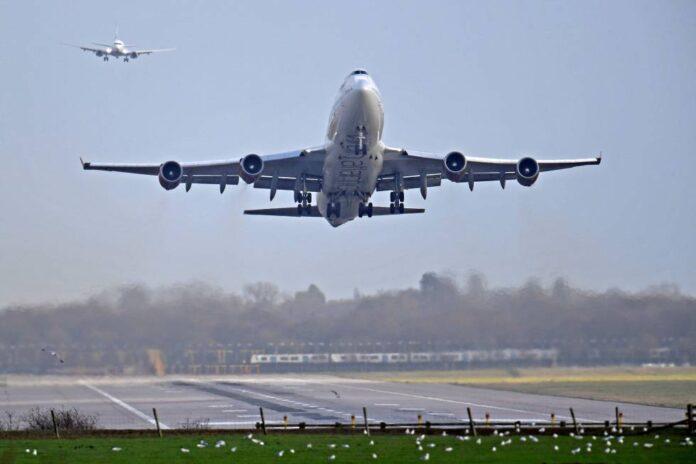 Venezuela mantiene vuelos