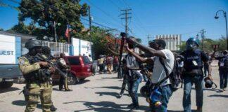 haitianos contra el presidente Moise