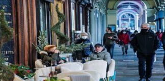 Mascarillas al aire libre en Italia