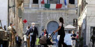 Italia elimina el uso de mascarillas
