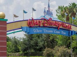 Disney restablece el uso de mascarillas