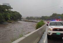 alerta tras fuertes lluvias en Caracas