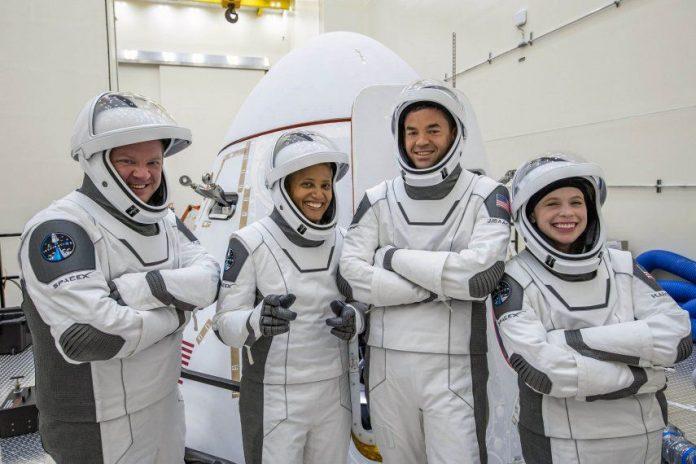 Misión espacial totalmente civil