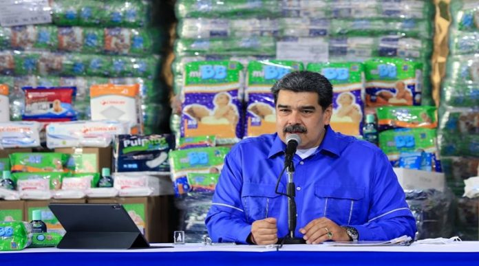 Maduro oferta de combustible