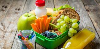 iños que consumen frutas y verduras