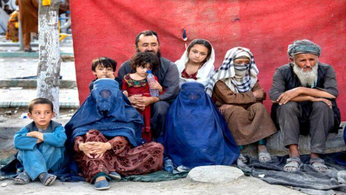 Afgano intenta vender a su hija