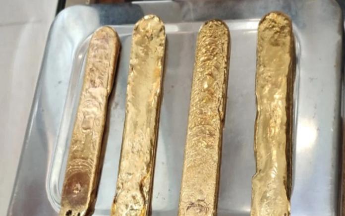 contrabandista con un kilo de oro en el recto