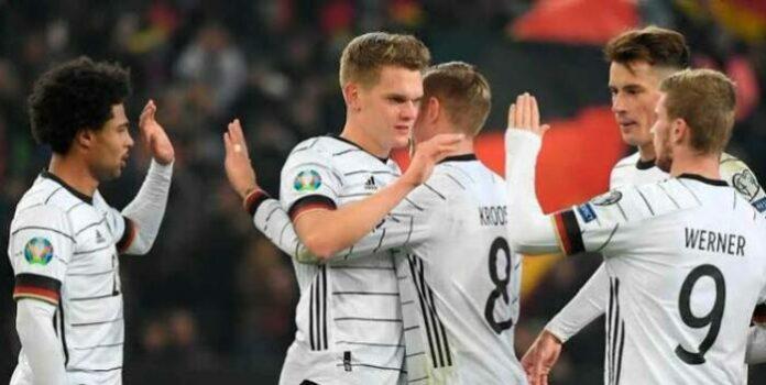 Alemania clasifica con goleada
