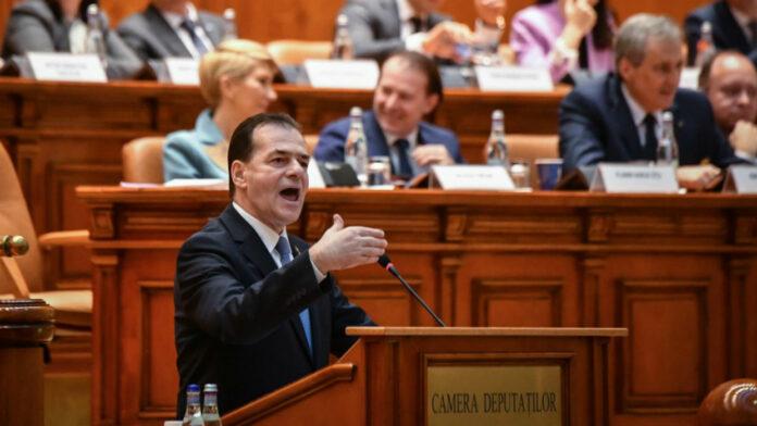 Cae gobierno de Rumanía
