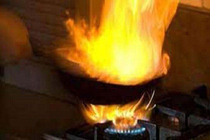 cocina explota y quema a mujer